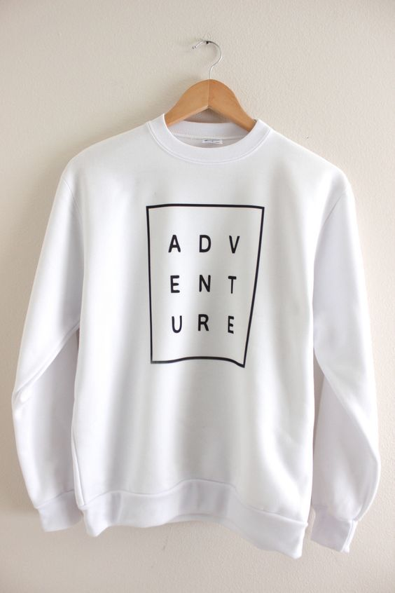Adventure White Sweatshirt DV30